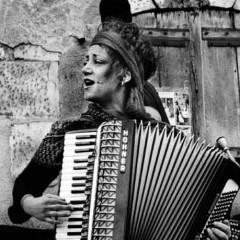 Paola Sabbatani in Trio canta alla Festa della Liberazione di Medicina