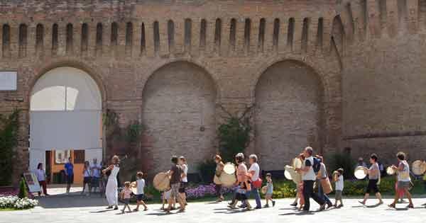 I BAMBINI ALLA SCUOLA DI MUSICA POPOLARE – NOVITà 2008