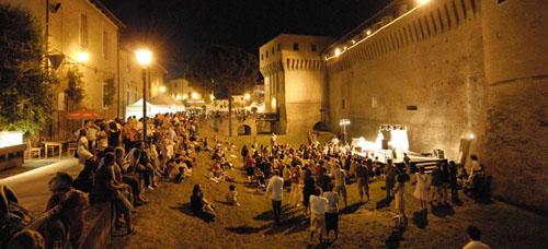 FESTA ARTUSIANA – FORLIMPOPOLI 22/30 GIUGNO 2013  I BEVITORI LONGEVI & SCUOLA DI MUSICA POPOLARE  presentano  PALCO BASSO. LA MUSICA NEL FOSSO